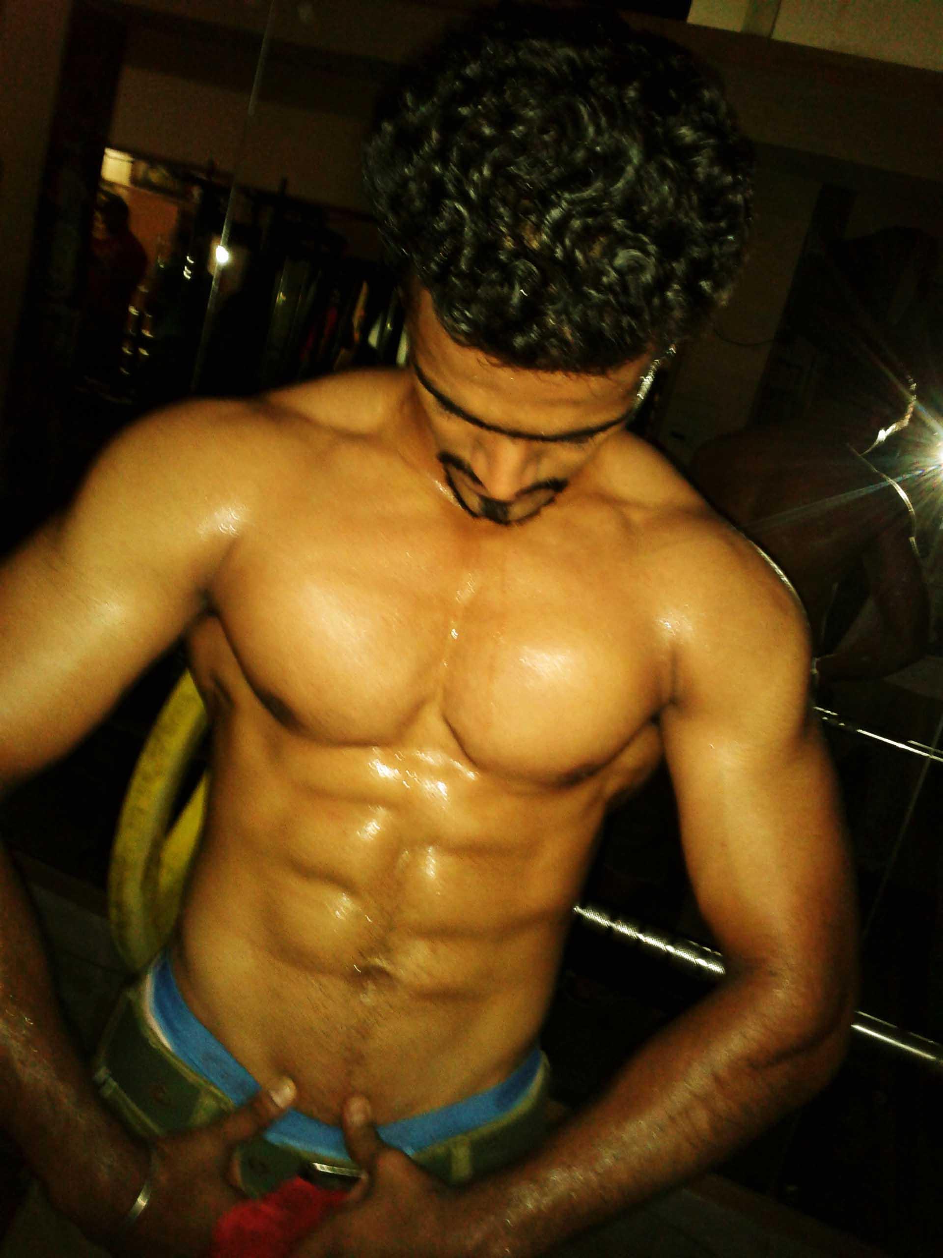 Six Pack Abdominals  Ayush Maheshwari-4851
